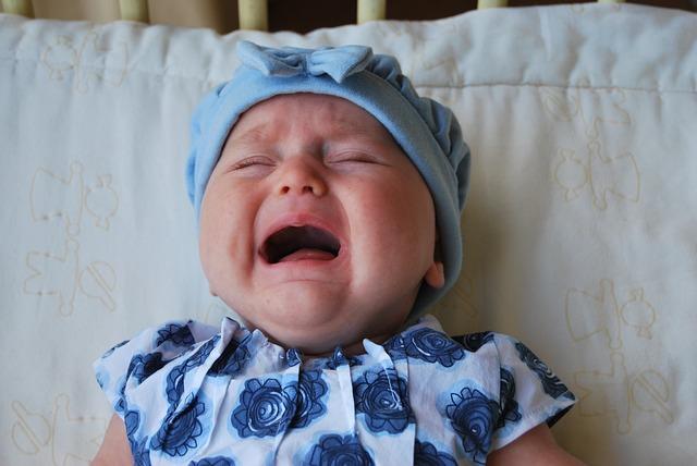 赤ちゃんが泣き止まない理由は?これが原因かも?