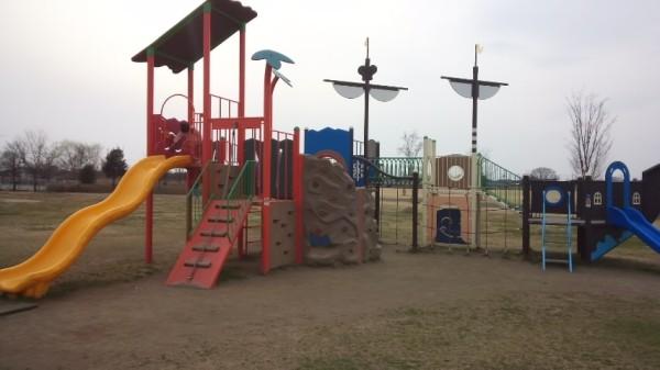 羽生水郷公園のわんぱく広場にある遊具「大きな冒険船」