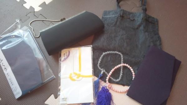数珠やふくさや香典袋など、法事に使うもの
