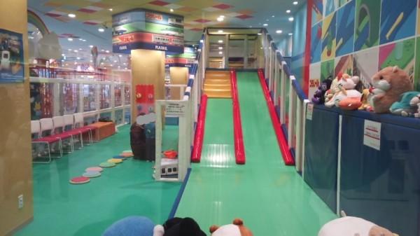 アリオ鷲宮2階ワンパクオウコク内の有料遊戯施設