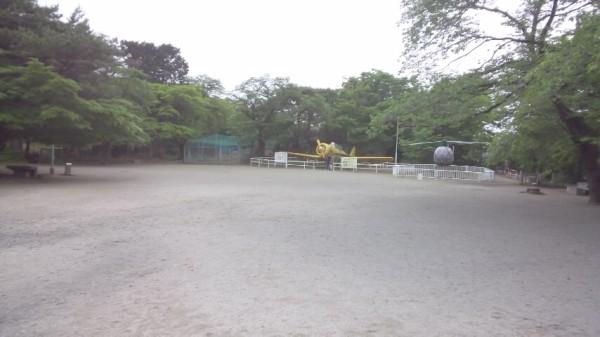 桐生が岡動物園の女神像広場