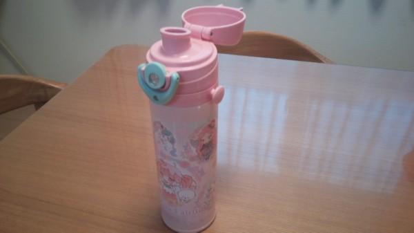 飲み口がダイレクトタイプの水筒