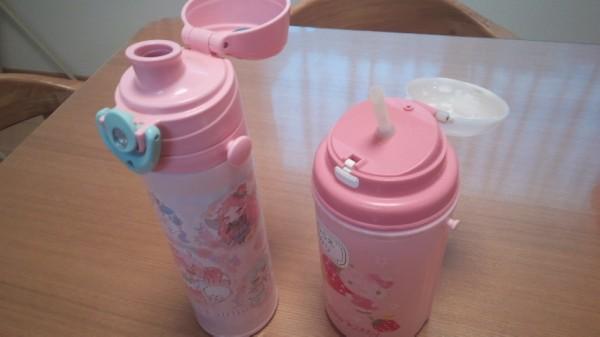ダイレクトに飲むタイプの水筒とストロータイプの水筒