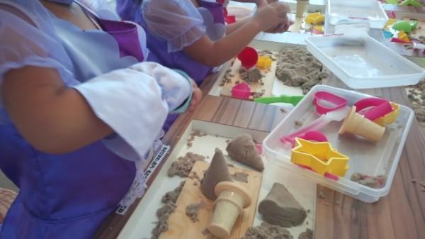 プリキュアわくわくランド内の砂遊びコーナー