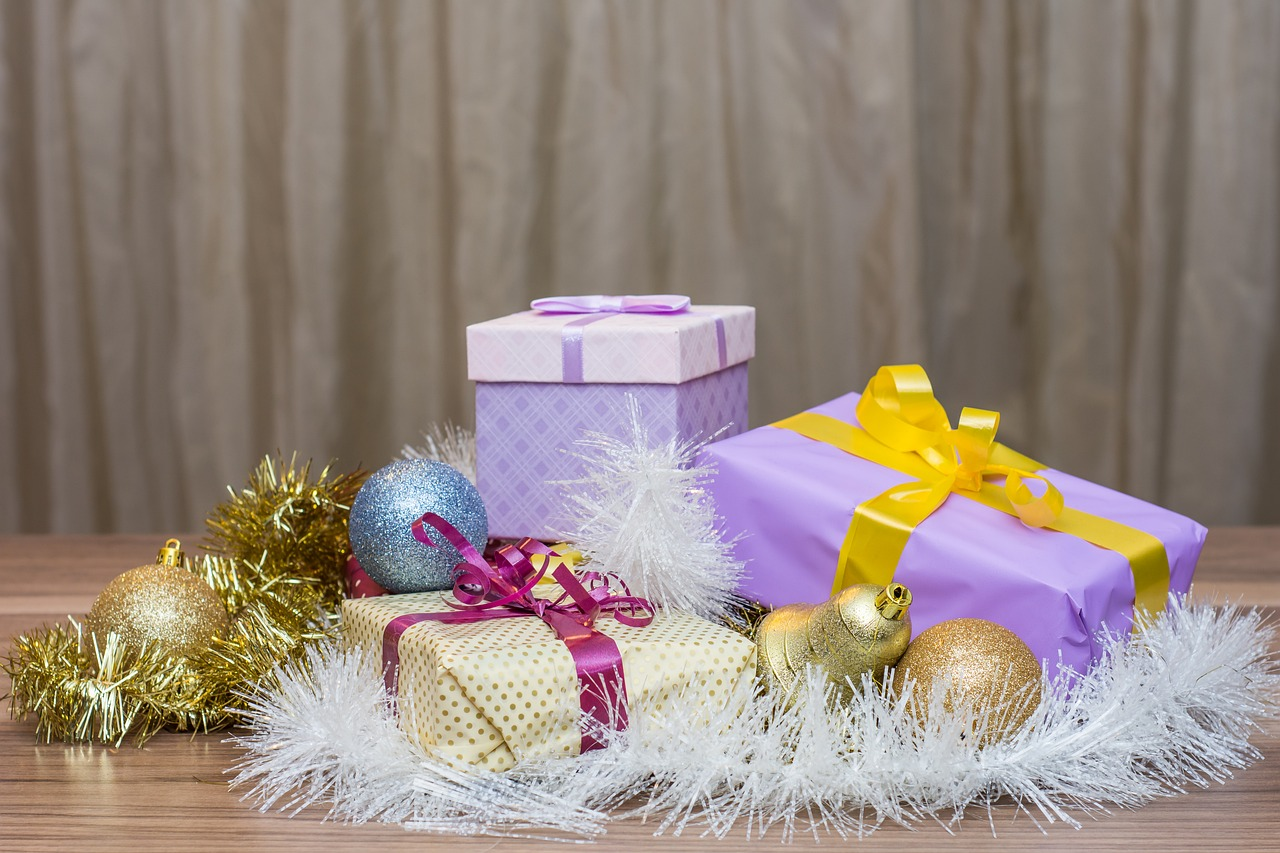 孫が喜ぶプレゼントとは?親に迷惑に思われないものは何か解説します。