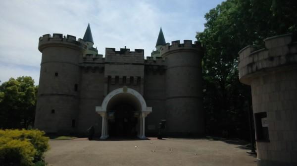埼玉県東松山市こども動物自然公園 こどもの城 外観