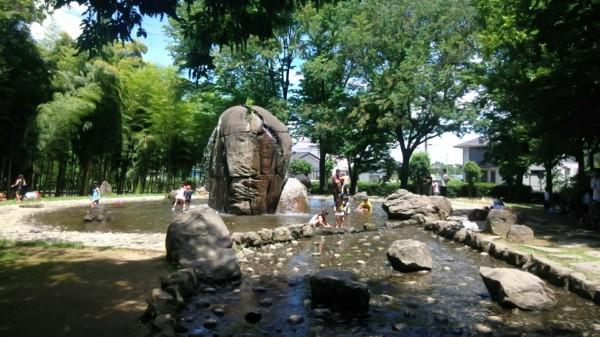 ネーブルパーク 水遊び じゃぶじゃぶ池